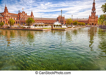Plaza de Espana Seville - Pond of the famous Square of...