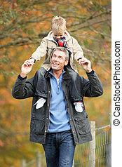 plecy, park, młody, syn, jesień, człowiek