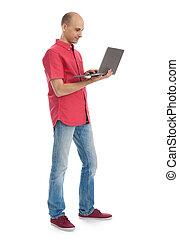 pleno retrato comprimento, de, homem laptop