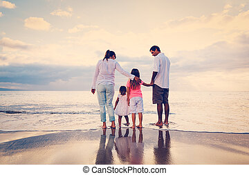 plezier, strand, ondergaande zon , hebben, gezin