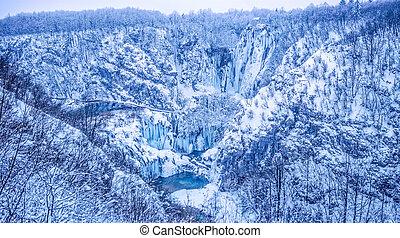 Plitvice lakes panorama - Winter panorama of frozen...