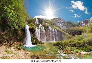 Plitvice sunshine falls