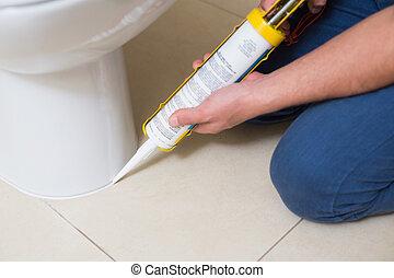 plomero, fijación, servicio, en, un, lavabo, con, silicona,...