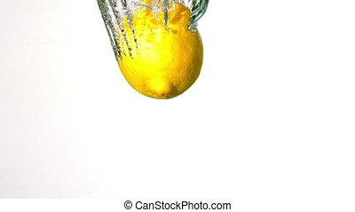 plonger, citron, eau