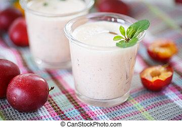plum smoothie
