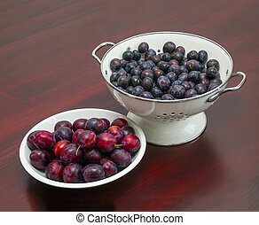 plums on the plate