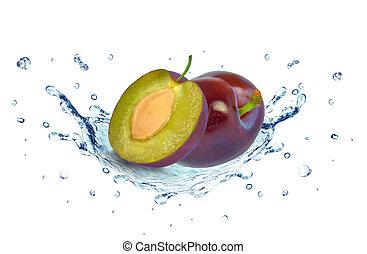 Plums splash water