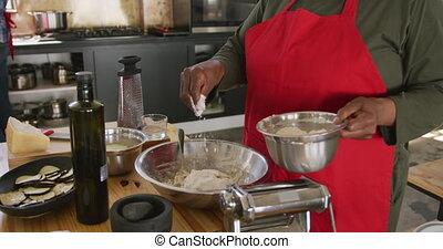 plus, ajouter, farine, chef cuistot
