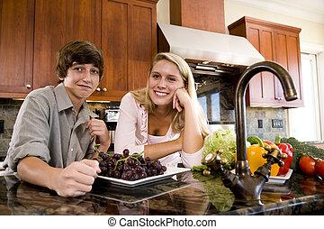 plus jeune, cuisine, adolescente, frère