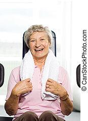 plus vieille femme, élaboration