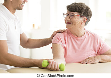 plus vieille femme, rééducation, physique