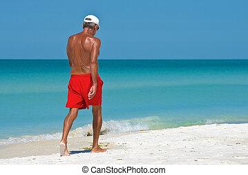 plus vieux, plage, homme