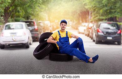 pneumatici, uniforme, mucchio, tecnico di assistenza, seduta