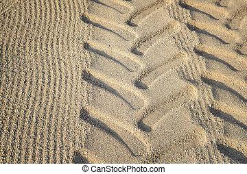 pneumatico trattore, piste, su, spiaggia, sand.