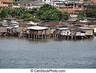 pobre, brasil, construido, encima, agua, casas, afuera