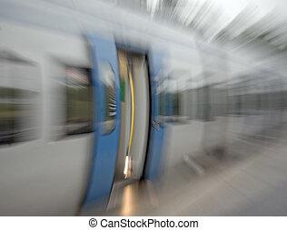 pociąg, drzwi, zamazany