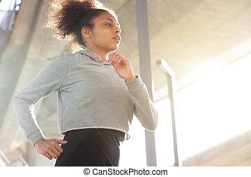 pociągający, młody, afrykańska amerykańska kobieta, wyścigi, outdoors