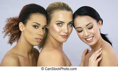 pociągający, studio, trzej kobiety