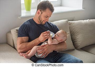 poco, alimentación, joven, muscular, bebé, baby., hombre