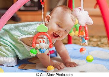 poco, bambino, eseguendo giocattoli