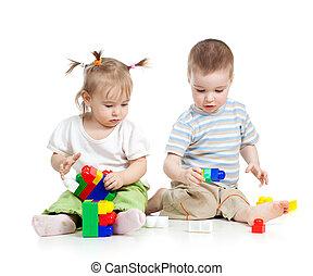 poco, conjunto, encima, juntos, niños, construcción, plano de fondo, blanco, juego