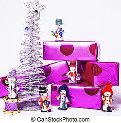 poco, dulce, elegante, snowmen, juguetes, con, púrpura, regalos, y, plata, t
