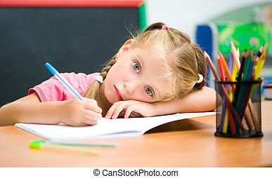 poco, escritorio, niña, cansado