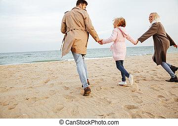 poco, figlia, famiglia, vista posteriore, felice
