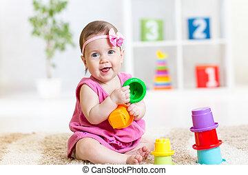 poco, gioco, ragazza, giocattoli