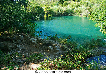 poco, lago, in, plitvice, croazia, con, sole, luce