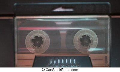 początek, kaseta magnetofonowa