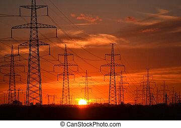 poder elétrico, transmissão, linhas, em, pôr do sol