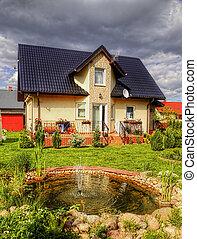 podmiejski, dom, z, ogród