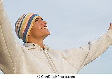 podniesiony herb, młody, chwalić, szczęśliwy, człowiek
