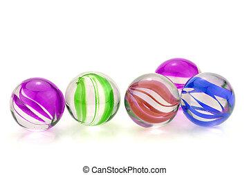 pohár üveggolyó, színes