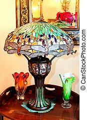 pohár, lámpa