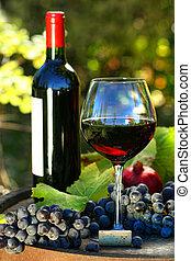 pohár piros bor, noha, palack, és, szőlő