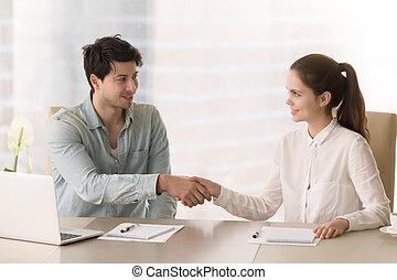 poignée main, b, séance, femme affaires, salutation, homme affaires