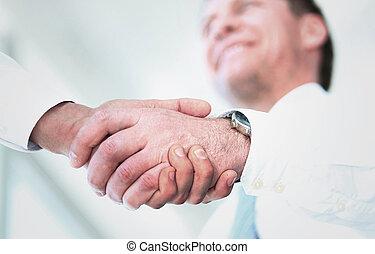 poignée main, bureau
