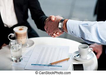 poignée main, sur, café, business