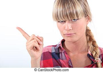 pointage femme, elle, doigt