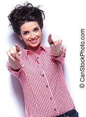 pointage femme, elle, jeune, doigts, désinvolte