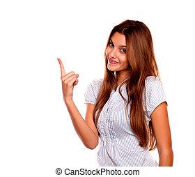 pointage femme, jeune, haut, regarder, vous, agréable