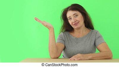 pointage femme, projection, studio, présentation, mûrir