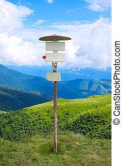 Pointer tourist routes in the mountains