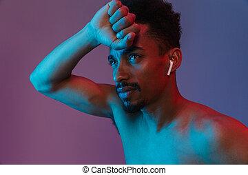 poising, shirtless, earpod, americano, africano, ritratto, unshaved, uomo