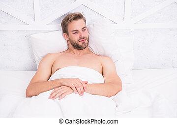 pojęcie, leniwy, morning., energia, zmartwychwstać, wyprostowanie, sympatyczny, rest., uśpiony, odprężając, awake., tiredness., rano, co, do góry., człowiek, weekend., sexy, dobry czas, bedroom., bed., ładny