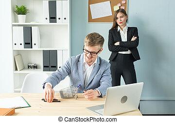 pojęcie, ludzie, pilnowanie, -, wzruszenia, handlowy, works., pracownik, szef, niezadowolony