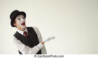 pojęcie, ręka, something., jego, mim, tło, biały, widać, reklama, człowiek