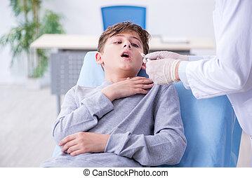 pojke, sjukhus, besökande, ung läkare